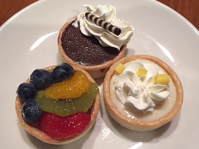 Miniature tarts from La Madeleine